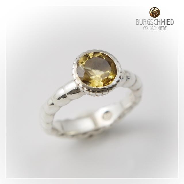 Ring mit Goldcitrin - 925 Silber ... 225€